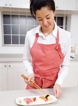 日本美女消除便秘通肠食谱